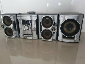 Sony Mini HIFI CD Player with Subwoofer