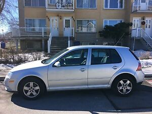 2009 Volkswagen Golf City...A-1...4 Portes...SOLIDE