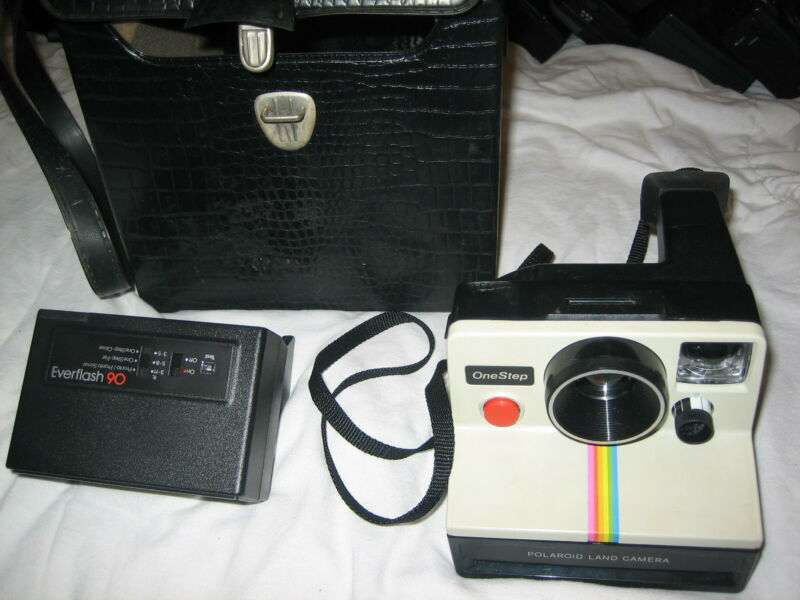 POLAROID ONE STEP RAINBOW CAMERA VINTAGE GENUINE AUTHENTIC WITH FLASH AND CASE