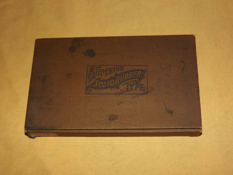 VINTAGE ANTIQUE PRINTING 1892 SUPERIOR SOLID RUBBER TYPE IN BOX