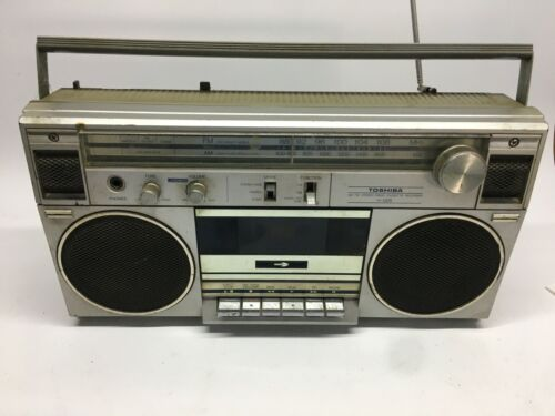 Toshiba RT 120-S Ghettoblaster Radio Boombox
