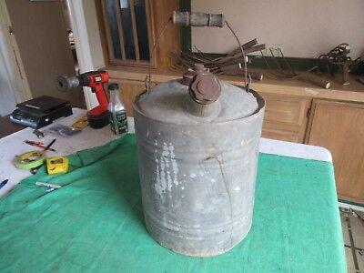 Vintage 5 Gallon Kerosene Oil Gas Can Usable Condition  Lot 18-84-3-d