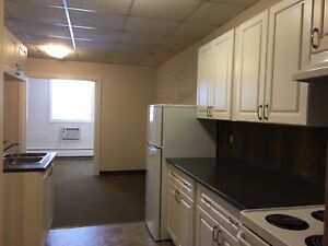 $560   1 BR suite  Clean and Cozy