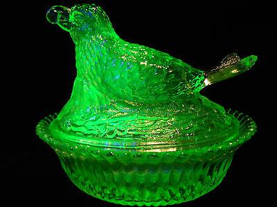 """5 """" Green Vaseline glass Robin bird hen on nest basket dish candy butter uranium"""