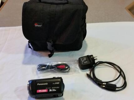 Panasonic HC-V160 High Defintion Video Camera and bag