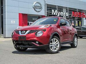 2015 Nissan Juke SL , Navigation, leather only 9242km!!