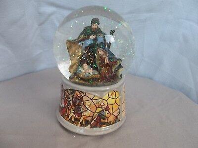 Nativity Scene Snow Globe & Music Box - silent Night, Excellent Condition