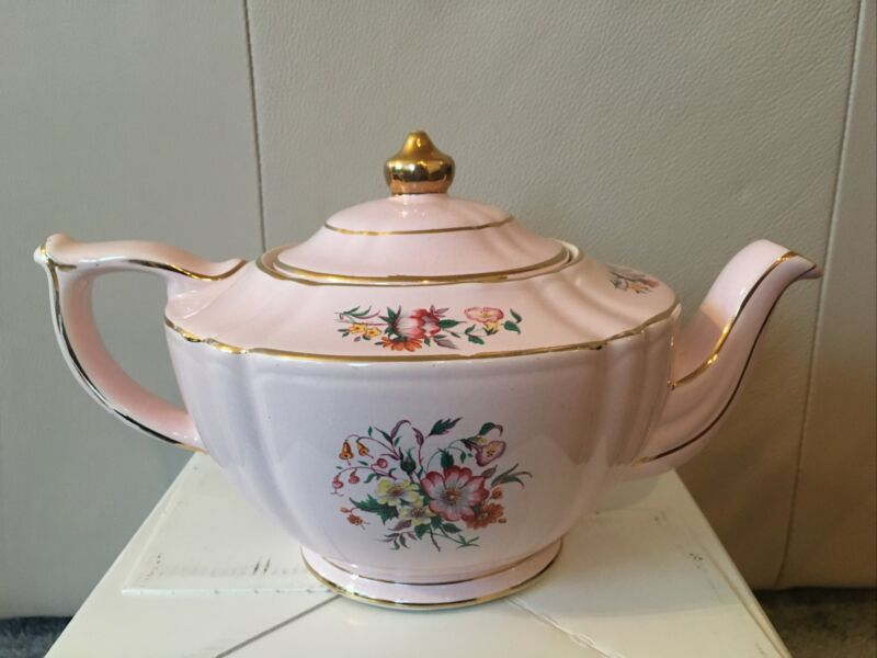 Sadler Pink Teapot 1940s English Hand Painted Gold Trim w/Lid #2060 CE Rare Find
