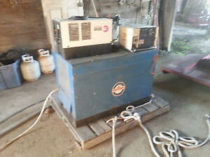 Big welder with water cooler and wire feeder