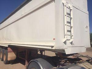 Tri axle tipper, semi trailer Karlgarin Kondinin Area Preview