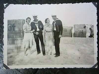 Original WW2 German Kriegsmarine Sailors w/ Girls on Baltic Sea Beach Photo 1939