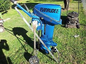 Evinrude 15 hp outboard motor Pittsworth Toowoomba Surrounds Preview