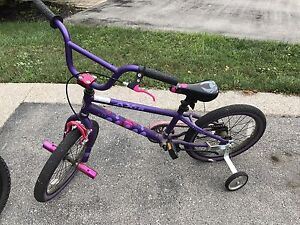 Kids ages 6-8 Newer bike barely used