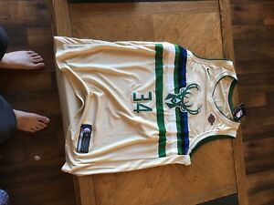 Giannis Antetokounmpo Milwaukee Bucks NBA jersey