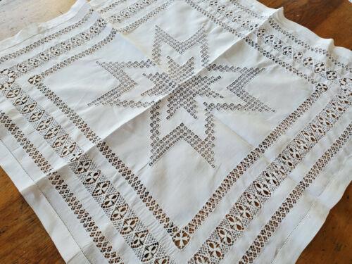 Antique Table Cover Centerpiece Fine Hand Drawnwork Lace Linen 23x24 tablecloth