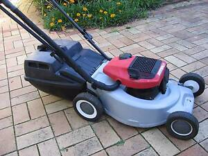 LAWN MOWER VICTA SUPER 160cc  TWO STROKE. Sutherland Sutherland Area Preview
