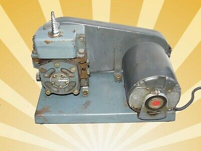Welch Duo Seal Vacuum Pump Tested Pulls 28-inches Hg Ge Cont. Motor 115v