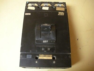 Square D MAL36500 Circuit Breaker 500 Amp , Missing Cover On One End (Square One Mal)