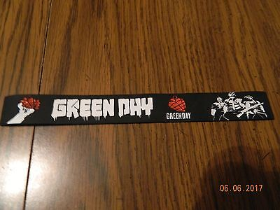 """New- GREEN DAY """"American Idiot"""" Rubber wristband Bracelet"""
