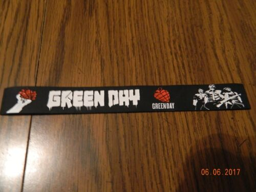 "New- GREEN DAY ""American Idiot"" Rubber wristband Bracelet"