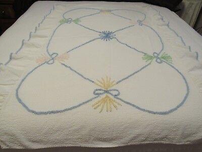 "Vintage 1940-50's White Baby Crib Bedspread w Chenille Ruffled Trim 40"" x 58"""
