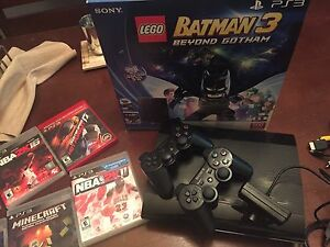 PS3 PlayStation 500GB, controllers, camera +5 games