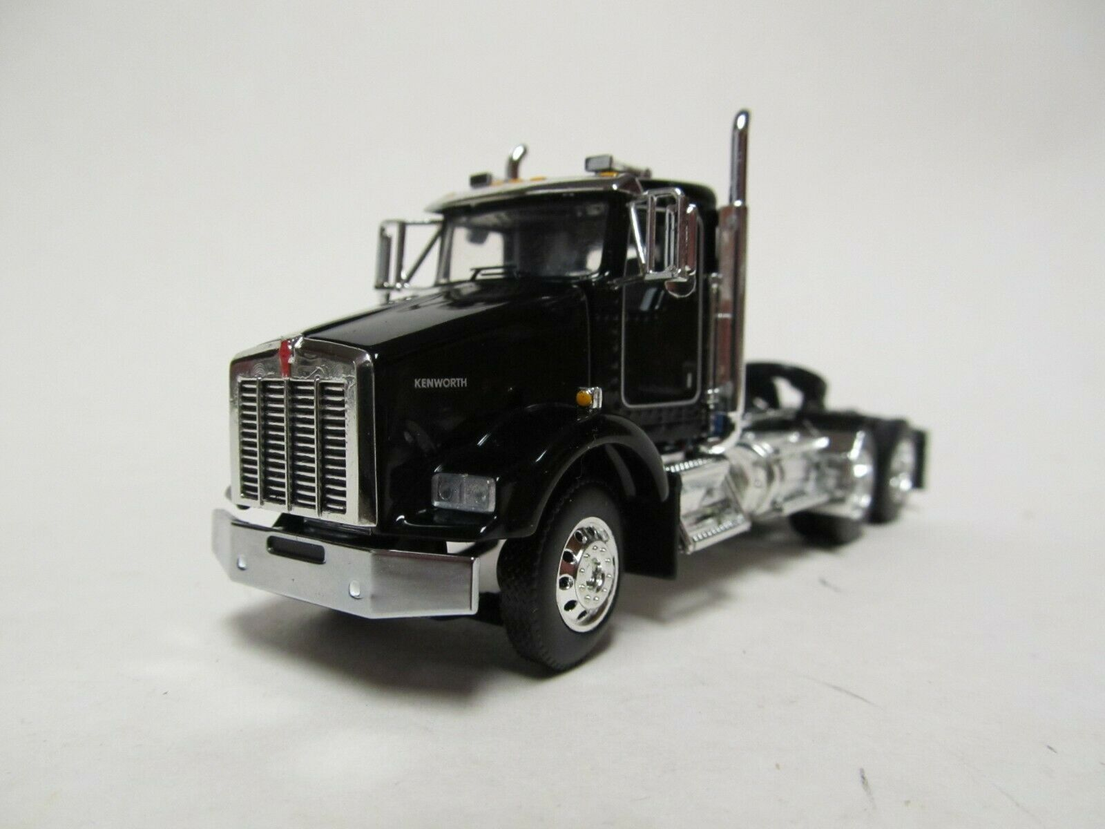 DCP / FIRST GEAR 1/64 SCALE T-800 KENWORTH DAY CAB, BLACK & CHROME, RED ENGINE