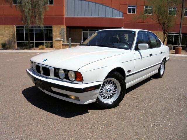 Image 1 of BMW: 5-Series 525i 2.5L…
