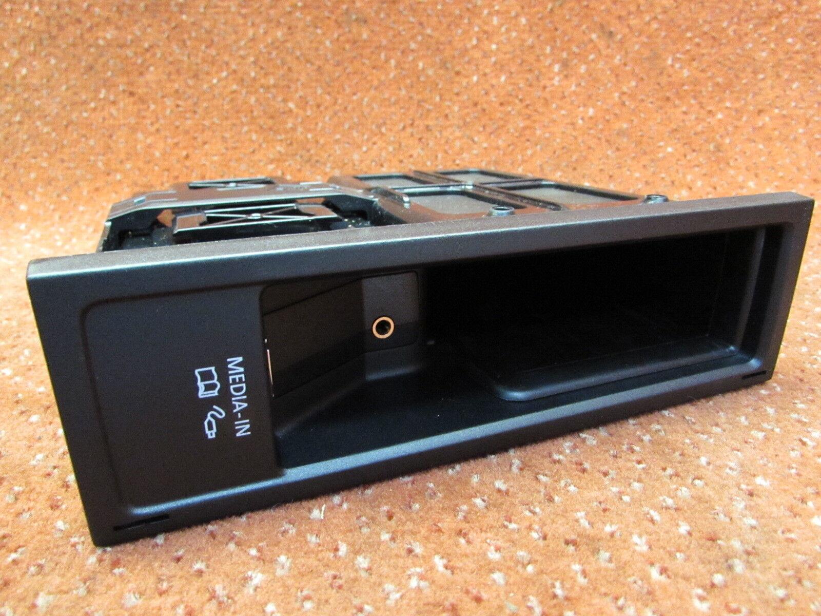 MDI Media in USB Anschluss Steuergerät VW EOS Golf Plus Passat B7 Tiguan I neu