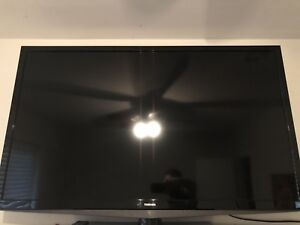 "50"" Toshiba TV on Stand LED-LCD HDTV"
