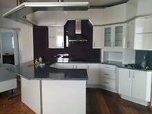 Ex Display Kitchen-Granite benchtops, white 2 pac cabinetry Cleveland Redland Area Preview