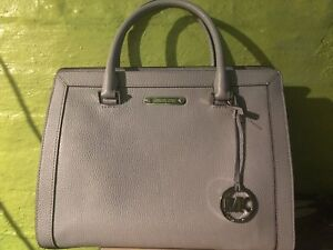 Large Michael Kors Satchel