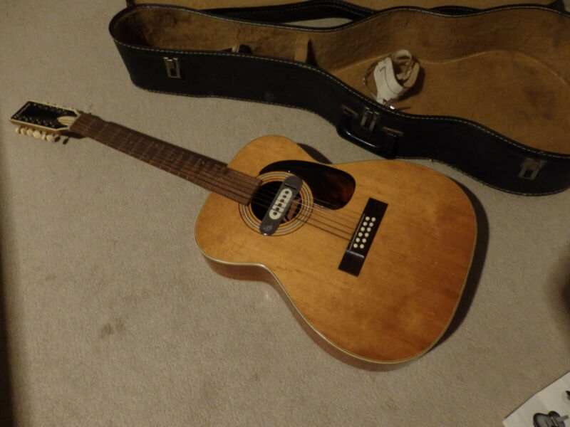 HARMONY 12 STRING VINTAGE ACOUSTIC/ELECTRIC   808 H1233 (RARE) & ORIGINAL CASE