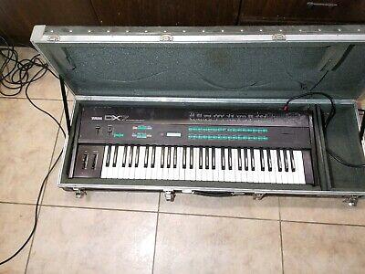 Synthesizers - Yamaha Dx7 Dx-7