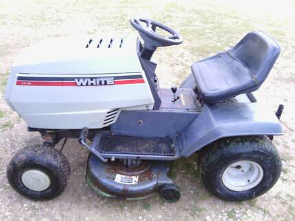 White  lawn mower Mount Pleasant Barossa Area Preview