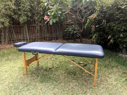 Kahuna massage table