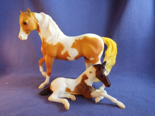 BREYER Pinto Marabella & Ashley; GREAT SPIRIT MARE & FOAL;  2001 Sears SR