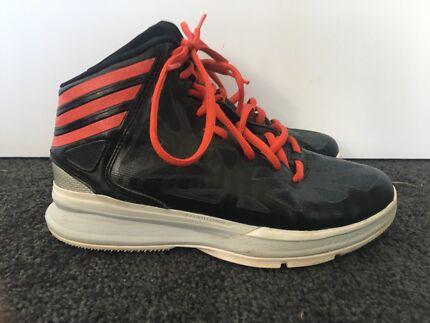 Adidas size 4 basketball shoes