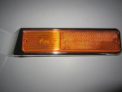 1979-1991 Jeep SJ & S J 10 20 Wagoneer Right Side Marker Lamp W/ Chrome Bezel