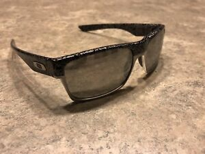 Oakley Two-Face Machinest Edition Polarized NEW