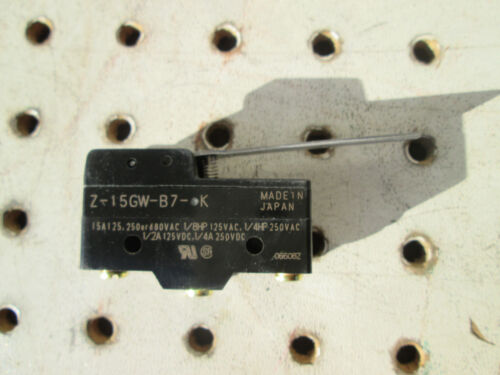 Snap Switch,15A,SPDT,Hinge Lever OMRON Z-15GW-B7-K