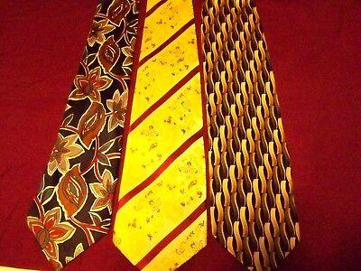 Men's Ties/ 3 pcs  Lot/ very nice/ very clean../ Good brand names