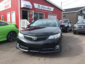 2014 Toyota Camry SE,Sunroof, Low KM, Camera, Leather, Heated se