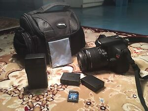 CANON REBEL T5 MINT CONDITION - $500 OR BEST OFFER