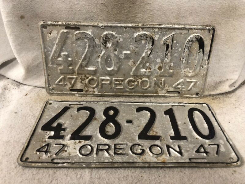 Vintage 1947 Oregon License Plate Pair (Repaint)