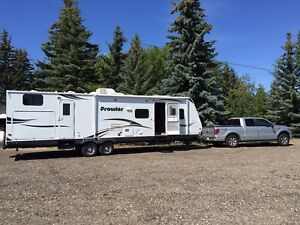 32bHS Travel trailer with double fridge and outside Kitchen
