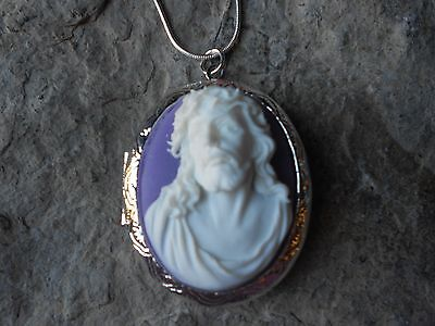 JESUS CAMEO LOCKET NECKLACE!!! CROWN OF THORNS- XMAS, EASTER, GIFT, QUALITY J2 ](Crown Of Thorns Necklace)
