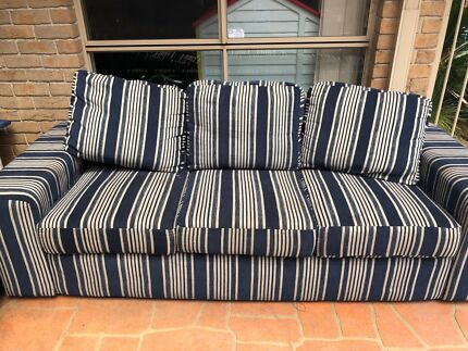 Fantastic furniture 2 piece 5 seater lounge. 3 seater lounge fantastic furniture   Gumtree Australia Free Local