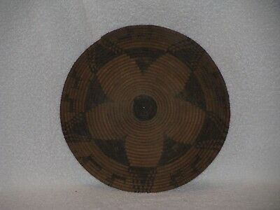 """Nice Apache Basketry Figural Tray with Dogs, 11"""" x 1"""""""