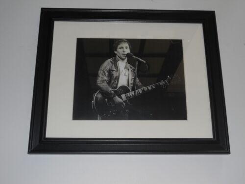 """Framed Paul Simon 1979 On Stage Shot Simon & Garfunkel 14"""" by 17"""""""
